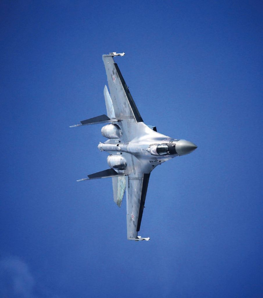 "MOSCOW REGION, RUSSIA. AUGUST 27, 2015. A Sukhoi Su-35 fighter jet during a demonstration flight at the 12th MAKS International Aviation and Space Salon in Zhukovsky. Marina Lystseva/TASS –ÓÒÒˡ. ÃÓÒÍÓ'Ò͇ˇ ӷ·ÒÚ¸. 27 ‡'""ÛÒÚ‡ 2015. »ÒÚ·ËÚÂθ —Û-35 'Ó 'ÂÏˇ ‰ÂÏÓÌÒÚ‡ˆËÓÌÌÓ""Ó ÔÓÎÂÚ‡ ̇ 'II ÃÂʉÛ̇Ó‰ÌÓÏ ‡'ˇˆËÓÌÌÓ-ÍÓÒÏ˘ÂÒÍÓÏ Ò‡ÎÓÌ ÿ —-2015 ' ∆ÛÍÓ'ÒÍÓÏ. ÇË̇ À˚҈'‡/""¿——"