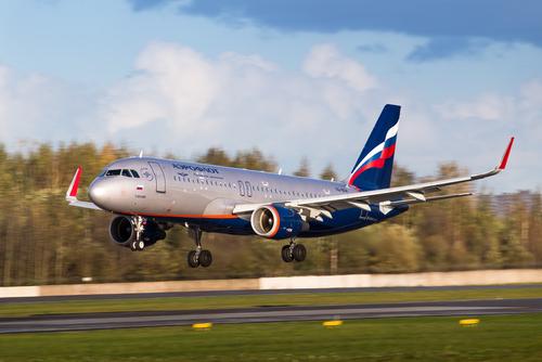 АвиакомпанииРФ заянварь-апрель увеличили транспортировки пассажиров на20,6%